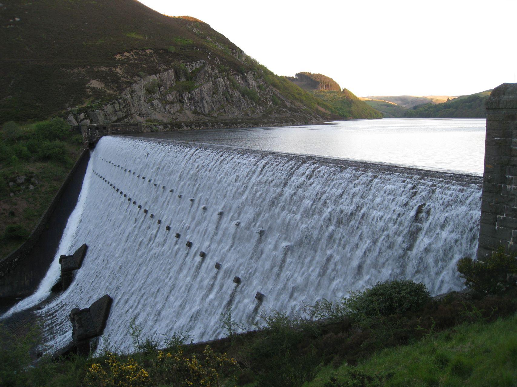 Day 5 - Garreg-ddu / Caban-coch reservoir dam © Paul Bonwick
