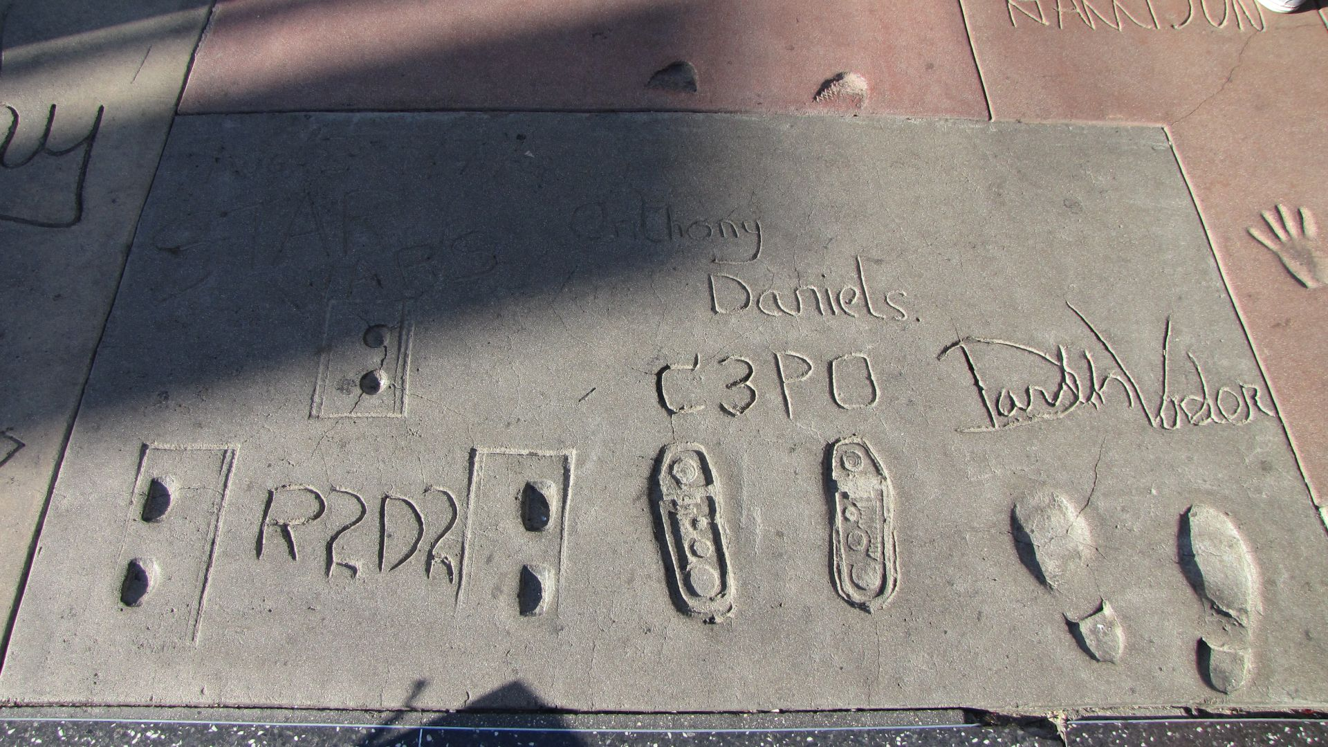 Hollywood, LA, CA, USA - Kenny, Anthony & James / David leave their mark...gosh I\'m a Star Wars geek