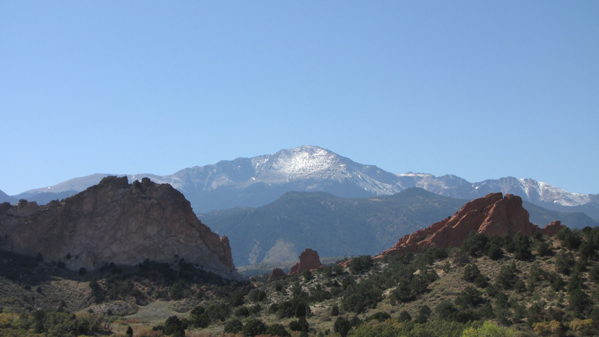 Garden of the Gods, nr CO Springs, CO, USA - Pikes Peak