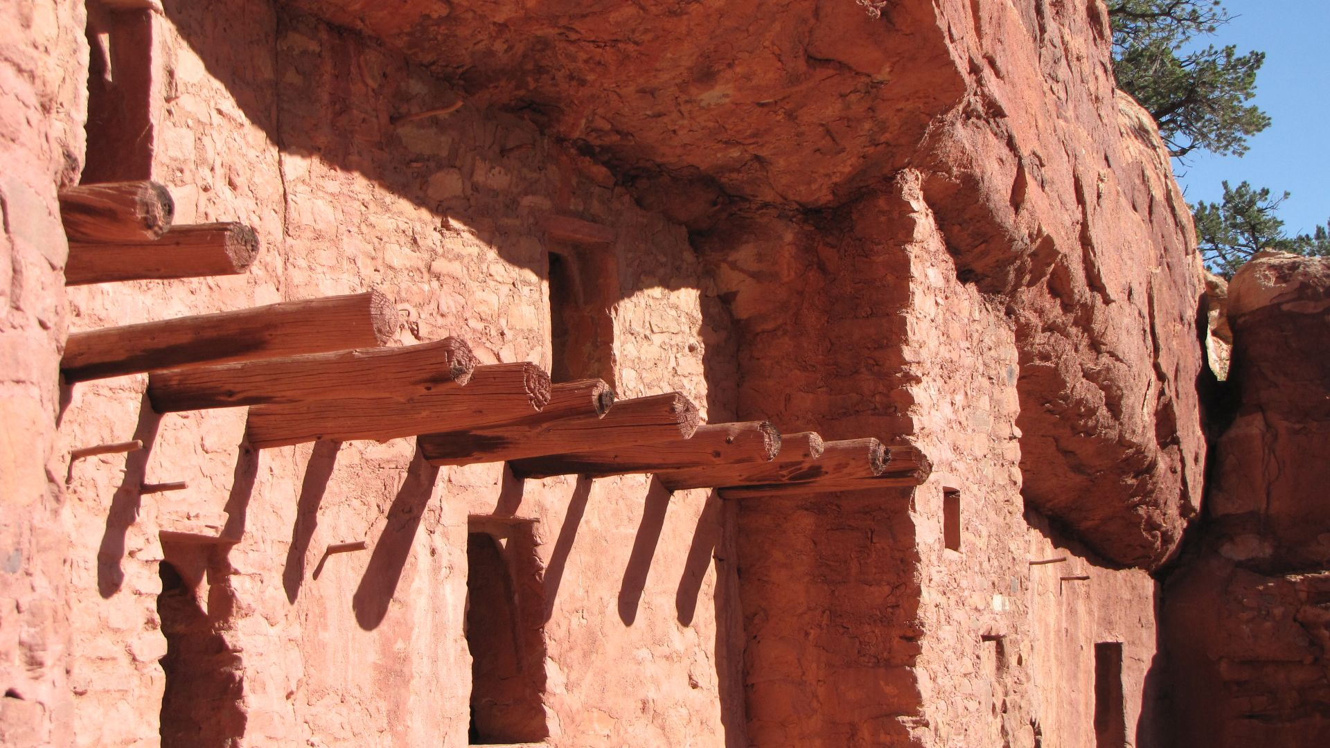 Cliff dwellings, nr Manitou Springs, CO, USA - Does this work?