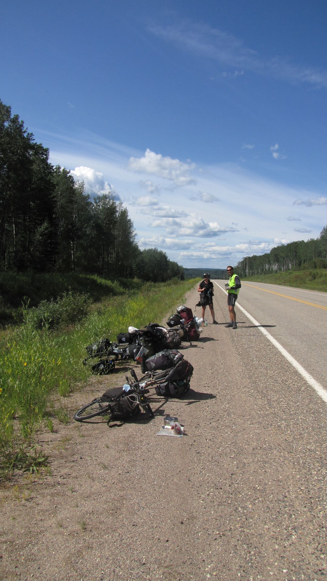 Nr Fort Nelson, BC, Canada - Picturesque lunch stop