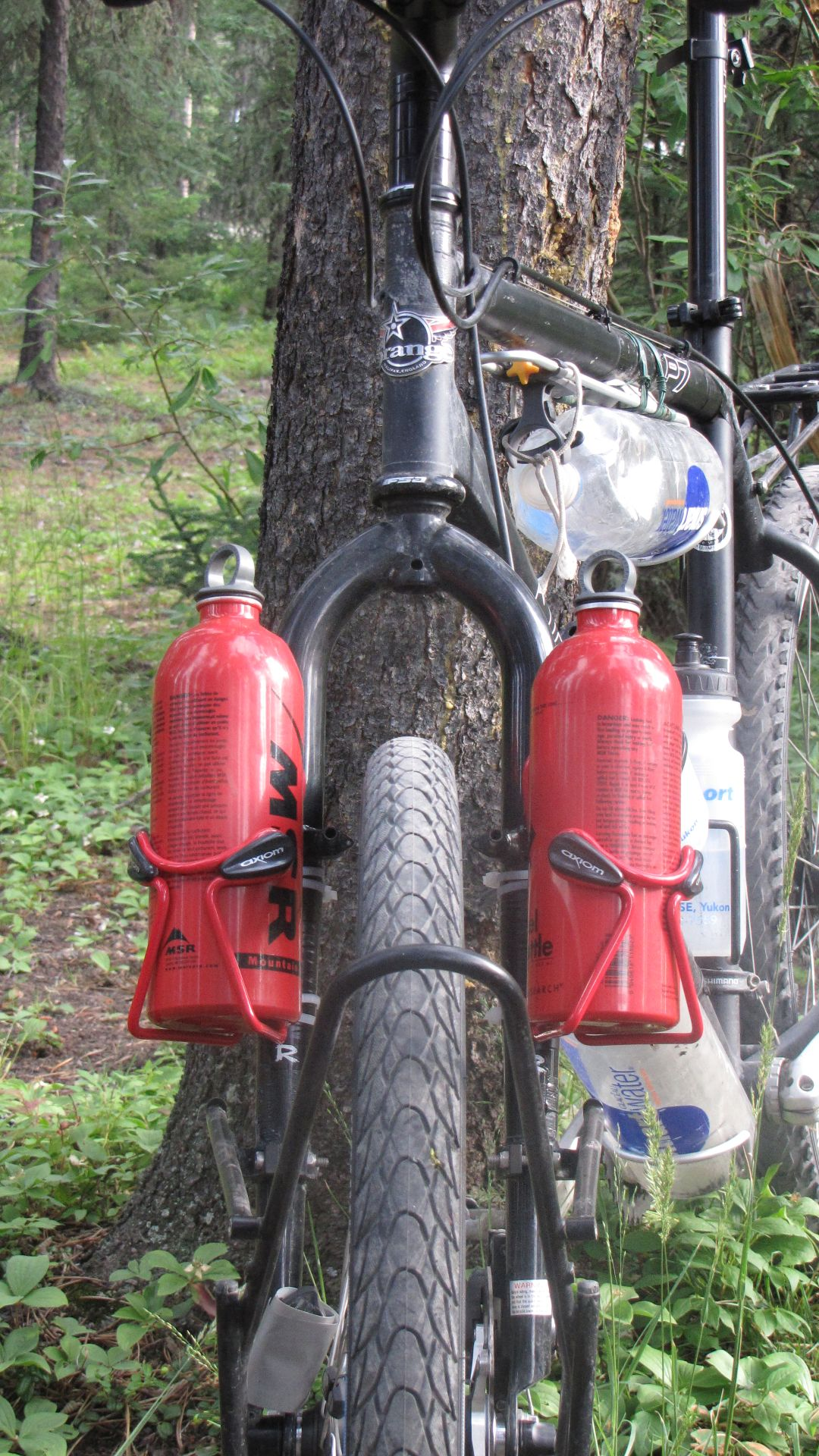 New fuel bottle mounts