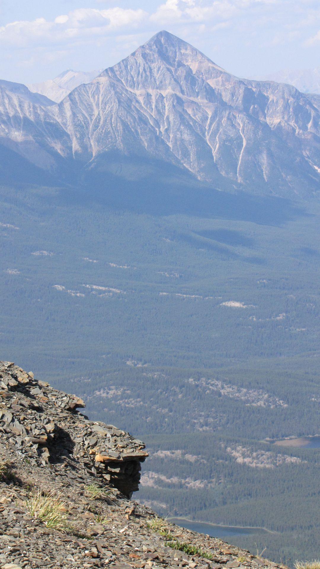 Nr Jasper, Alberta, Canada - Ahem!