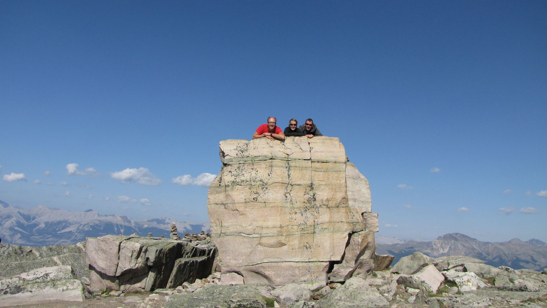 Nr Jasper, Alberta, Canada - Sabrina, Tom & I on top of the world