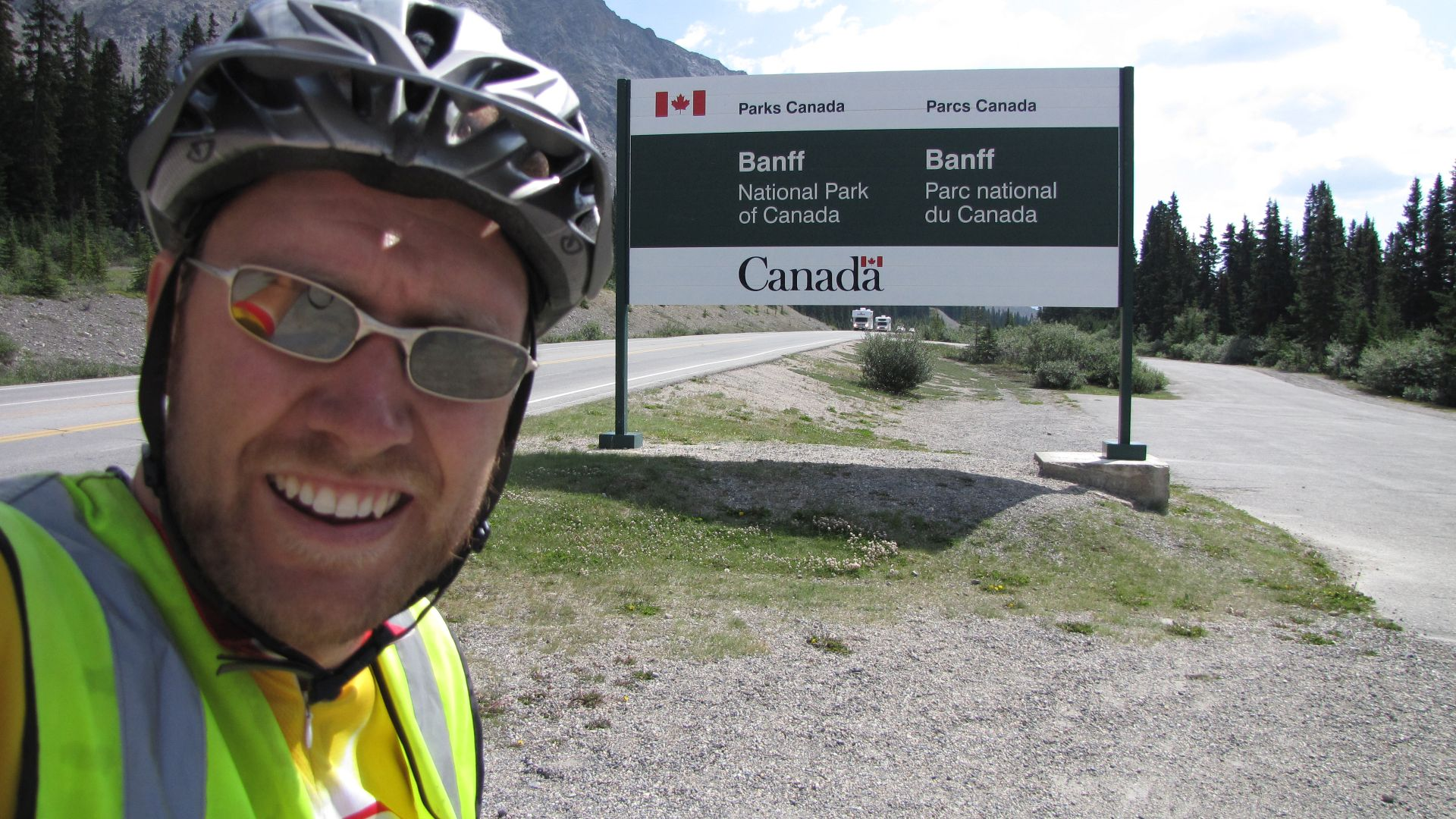 Banff Nat Pk, Alberta, Canada - Is Banff anything to do with the similarly named pie?
