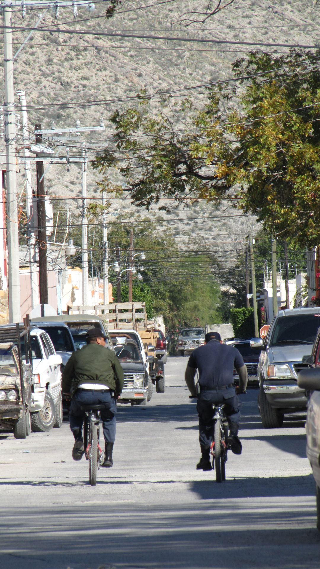 Cuatrocienegas, COAH, Mexico - bike cops (really!)